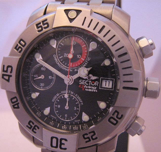Sector Diving Team 1000 Chronograph, Black Dial, Titanium Bracelet