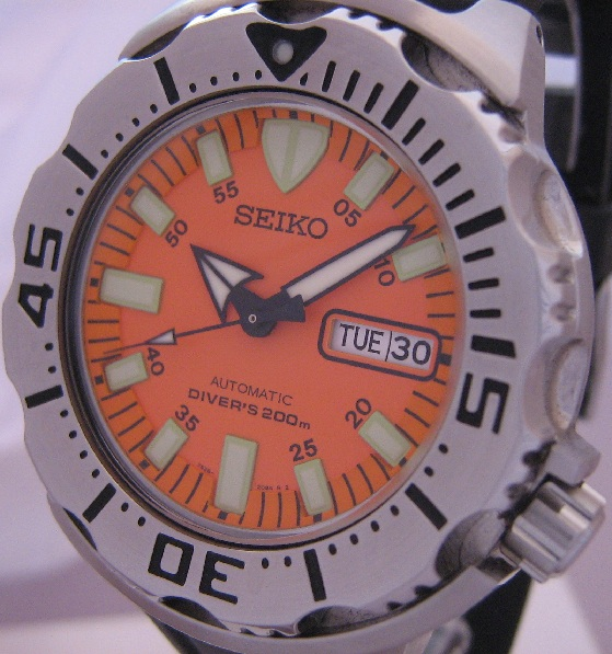 Seiko Orange Monster, Orange Dial, Rubber Strap