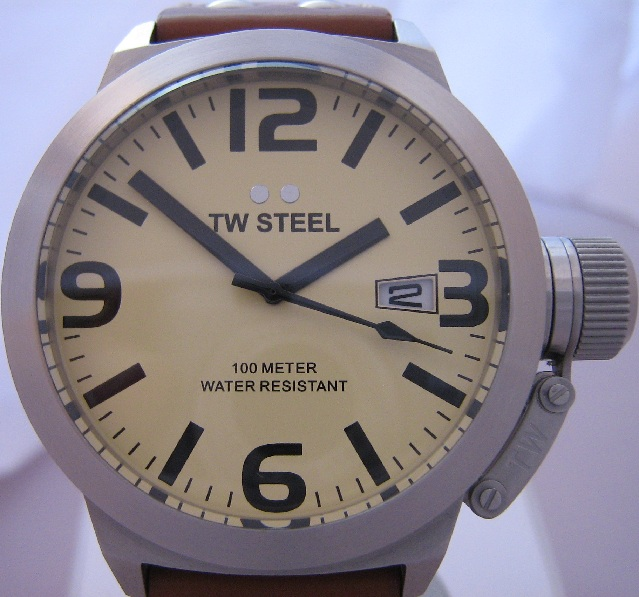 TW Steel Canteen 45mm, Cream Dial, Leather Strap