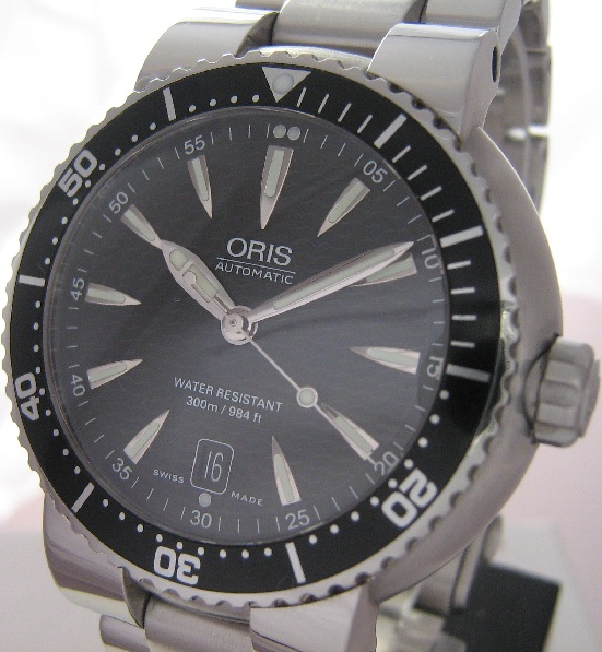 Oris TT1 Divers Watch, Black Dial With Steel Bracelet