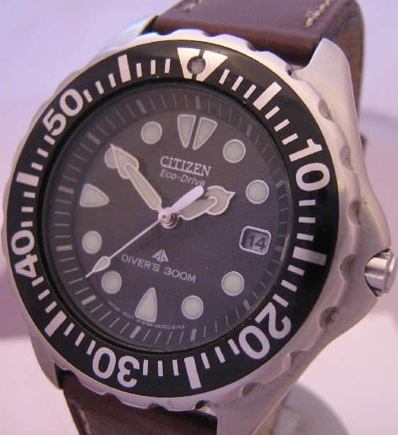 Citizen Eco Drive Divers 300M, Black Dial, Leather Strap
