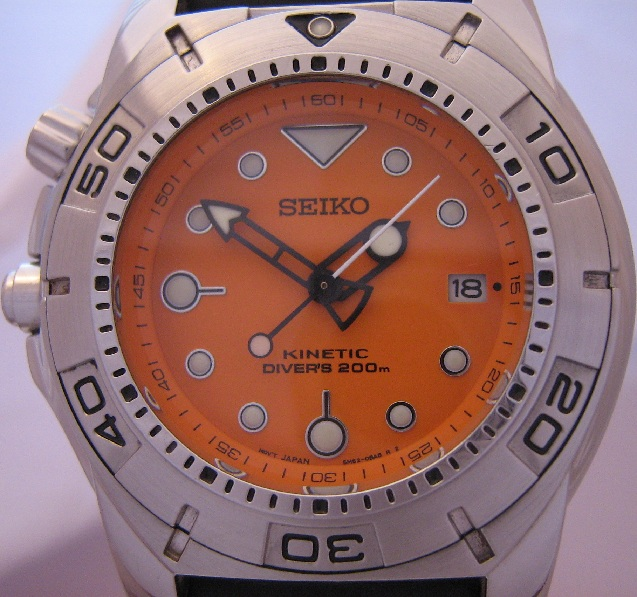 Seiko Scuba Kinetic 200M Divers, Orange Dial, Rubber Strap