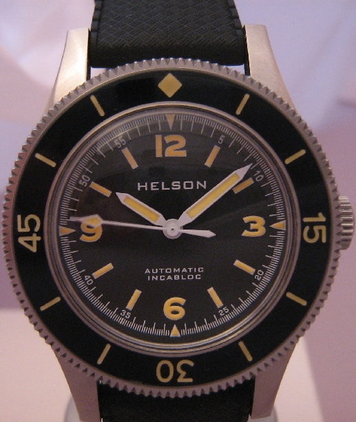 Helson Skindiver automatic, Black Dial With 2 Straps