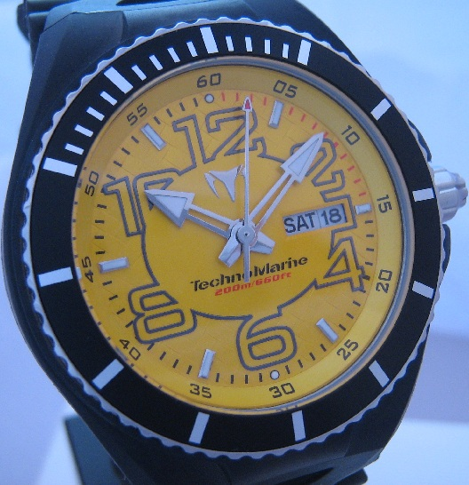 Technomarine Cruise Magnum, Yellow Dial With Three Straps